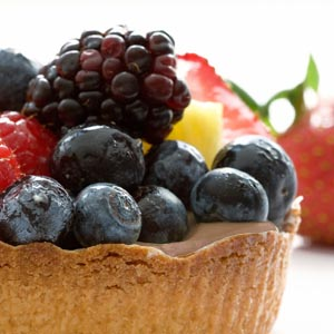 cocoa berry yogurt tarts